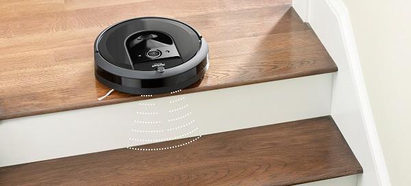 iRobot Roomba i7 robotporszívó leesés érzékelővel rendelkezik